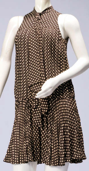 brown-pokadot-pleated-dress